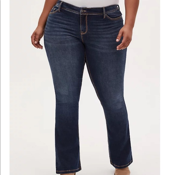 EUC Torrid Slim Boot Cut Size 16 Jeans